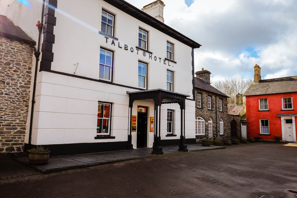 Y Talbot is an independent, Grade 2 listed hotel located in the market town of Tregaron